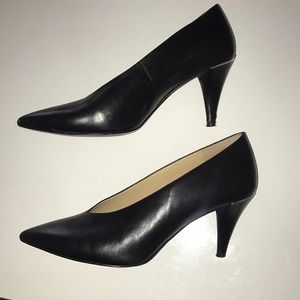 Michael Kors black pointed heel womens6M leather